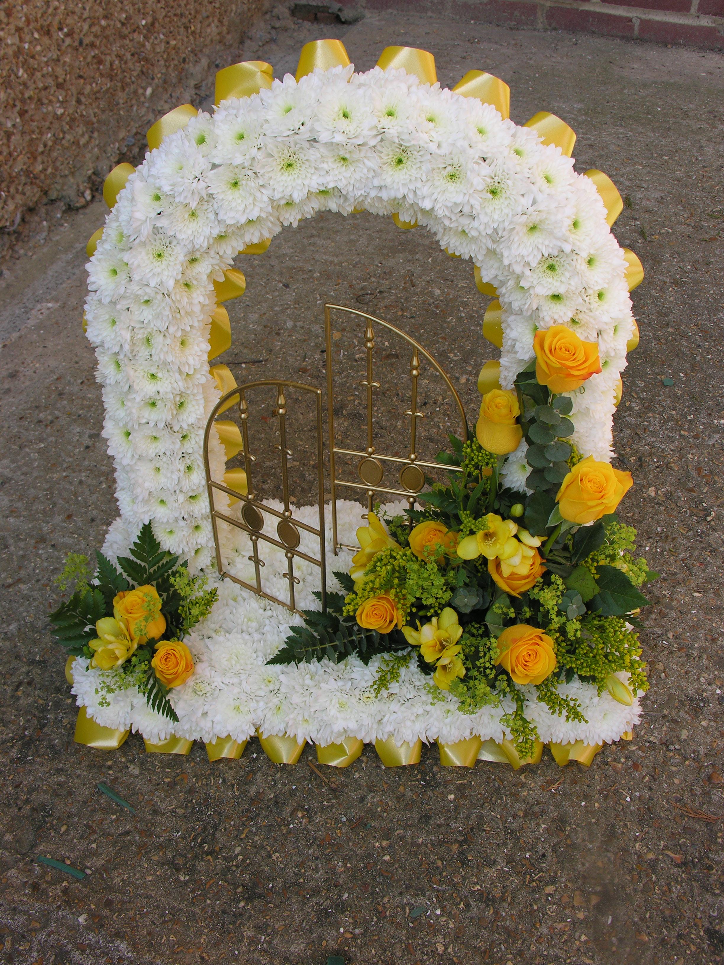 Gates of heaven yellow izmirmasajfo