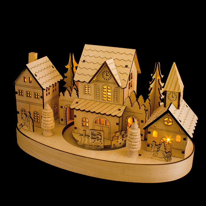 WOODEN CHRISTMAS SCENE WITH MOVING TRAIN AND LED