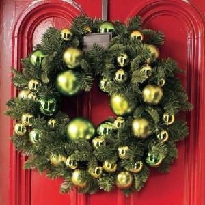 bauble spruce wreath