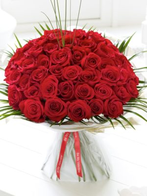 Unforgettable 50 red roses